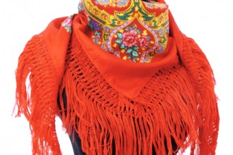 red Viana de Castelo scarf