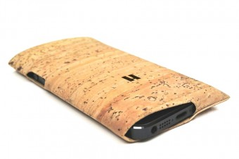 Cork phone case