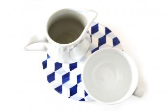 blue tiles pattern table sett2