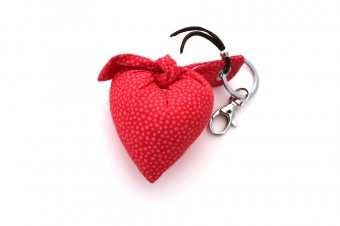 red with pink dots hear fabric keyring